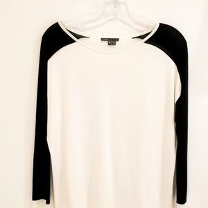 Vince white top black sleeves rayon blend XS